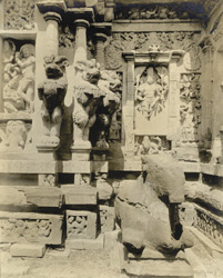 Panels behind Garbhagriham, Kailasanatha Temple, Great Conjeeveram, Chingleput District